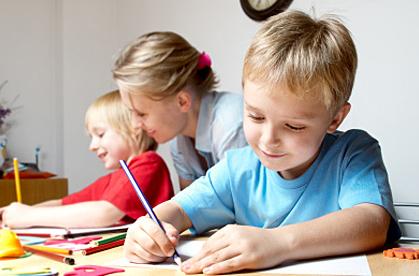 Дети получают свои первые знания